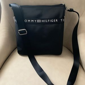 NWT Tommy Hillfiger Crossbody bag